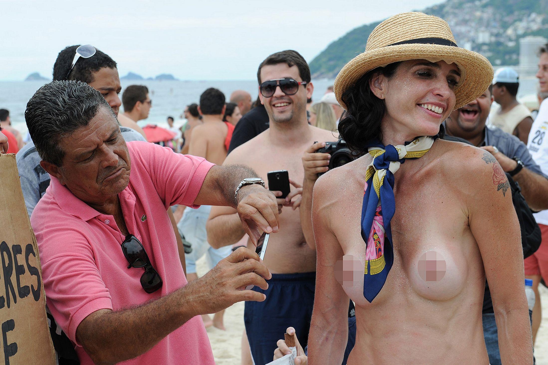 Rio De Janeiro Beach Girls High Resolution Stock Photography And Images