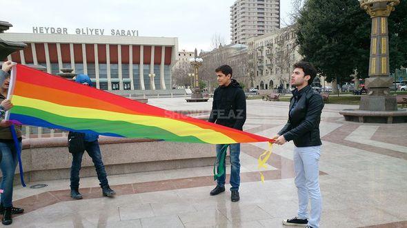 In Azerbaijan, Metrosexual Men Use Beauty To Shake Stereotypes