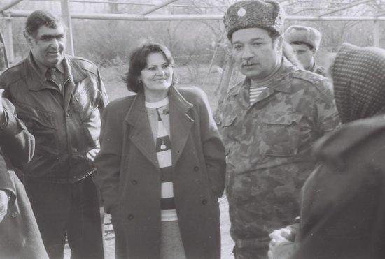 Amaliya Pənahova Horadiz əməliyyatından az öncə cəbhədə - 1993-cü il