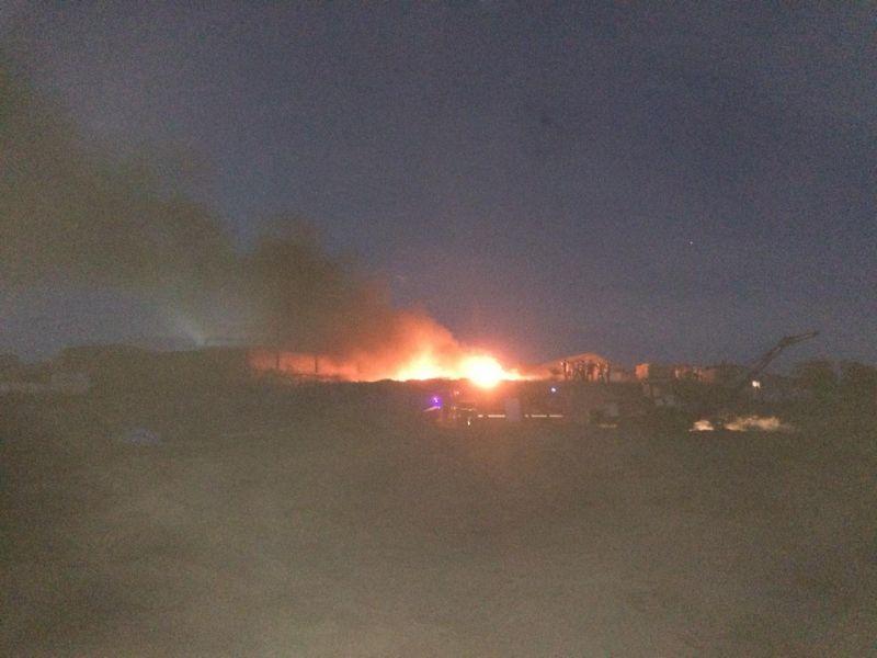 SON DƏQİQƏ : Bakıda neft ərazisi yanır (FOTOLAR)