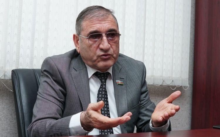 YAP-çı deputat Tahir Rzayev ile ilgili görsel sonucu
