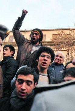Ширинян: через 10 дней в Армении может быть бунт