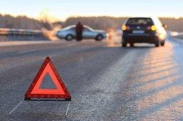 В Мингячевире автомобиль сбил подростка
