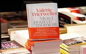 Книга журналистки о ее связях с Олландом сделала богаче президента