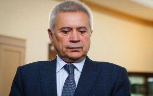 Миллиардер-азербайджанец нуждается в деньгах