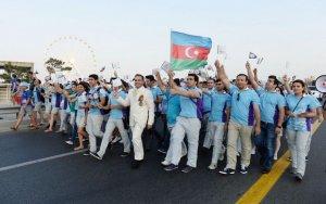 В Баку состоялся парад волонтеров