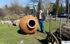 Своеобразный «музей» в центре Тбилиси – ФОТО