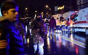 Стрельба по стамбульскому кафе: есть раненые - ВИДЕО