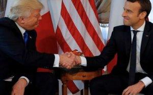 Трамп и Макрон: кто выиграл битву рукопожатий - ВИДЕО