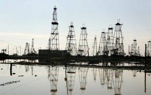 Добыча нефти в Азербайджане сократилась более чем на 9%