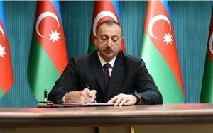 Prezident azərbaycanlı müğənniyə ad verdi