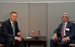 Президент Польши: Карабахский конфликт должен быть решен мирным путем