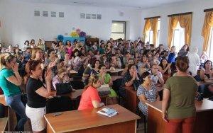 В Баку протестуют родители учеников школы-лицея
