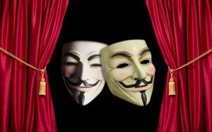 Азербайджанский театр покинули 9 работников