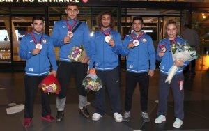 Триумфаторы чемпионата мира по дзюдо вернулись в Баку
