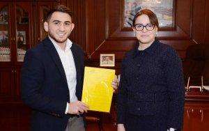 Азербайджанскому спортсмену был подарен дом