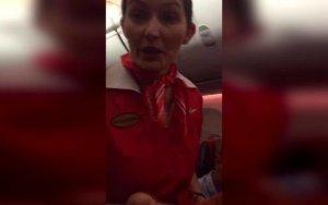 Moskva-Bakı reysində erməni yeməyi paylandı - VIDEO