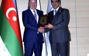 Региональный президент BP в Бакинской Высшей Школе Нефти