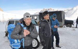 Австрийцы прекратили поиски  альпинистов