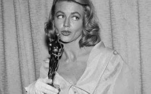 Скончалась обладательница «Оскара»