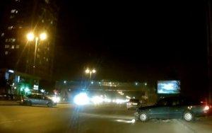 Уличные гонки по ночному Баку привели к аварии – ВИДЕО