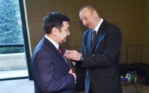 Президент вручил главе Международной тюркской академии орден
