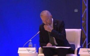 Bakıda türk deputatın infarkt keçirdiyi an - VİDEO