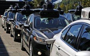 Uber приостановил испытания беспилотных машин