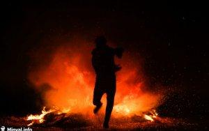 Azyaşlı uşaq Novruz tonqalında yandı – +18 VİDEO