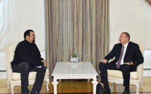 Стивен Сигал поздравил Ильхама Алиева