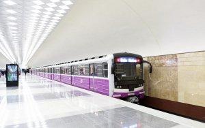 В Баку мужчина бросился под поезд