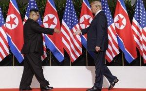 В Сингапуре началась историческая встреча Трампа и Ким Чен Ына - ФОТО