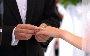 Məşhur aktyor evlənir