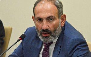 Пашинян запретил телеканалам критиковать свою власть