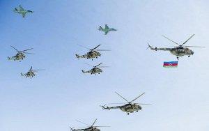 В Баку продолжается подготовка к военному параду
