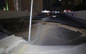 Bakının mərkəzində avtomobil yolu çökdü