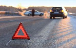 В Баку автомобиль сбил молодого парня