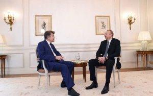Ильхам Алиев проводит встречи во Франции – ФОТО + ОБНОВЛЕНО