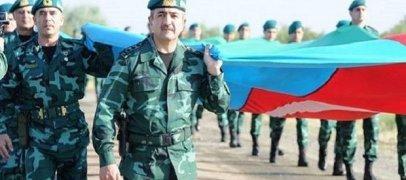 Генерал пронес 2-километровый флаг