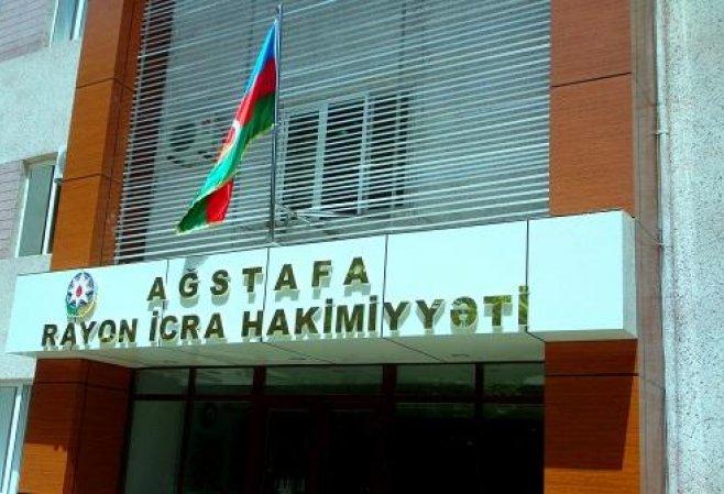 Azərbaycanda icra hakimiyyətinin binasına - Basqın