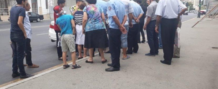 В Баку маньяк пригрозил пассажирам автобуса расправой